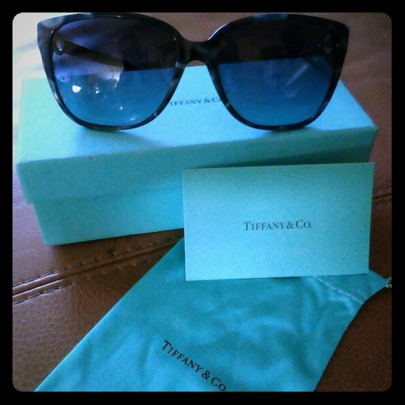f30efd16b15 Authentic New Tiffany   Co. Blue Marble Sunglasses